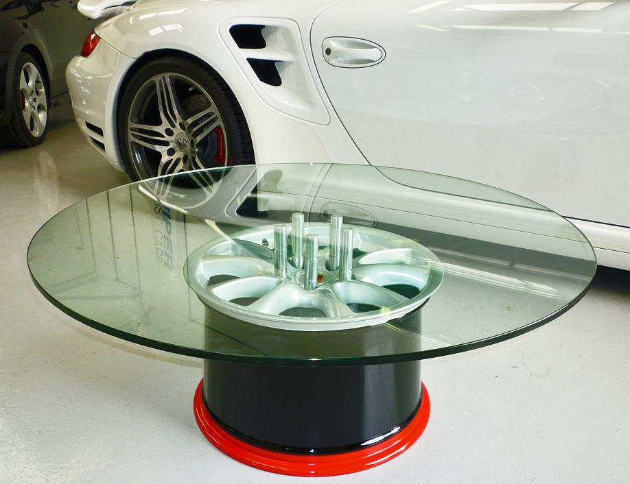 La vida secreta de las carrocer as curiosos muebles for Coches con silla para carro